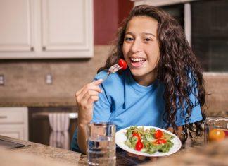 ăn uống ở người trẻ