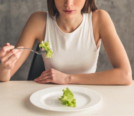 ăn không đủ chất
