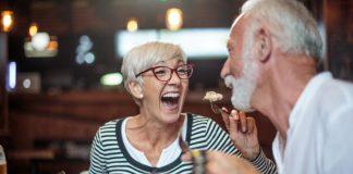 chế độ ăn uống cho người già