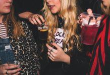 phụ nữ nghiện rượu